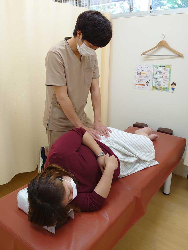 妊婦整体の様子3